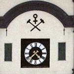 Røros kirke med Kobberverkets merke.