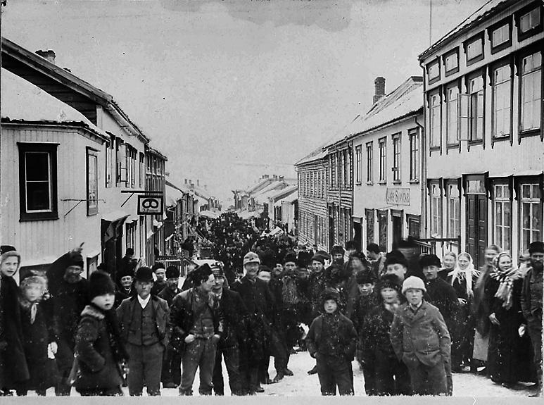 Rørosmartnan for litt over hundre år siden. Foto: Digitaltmuseum/Rørosmuseet.